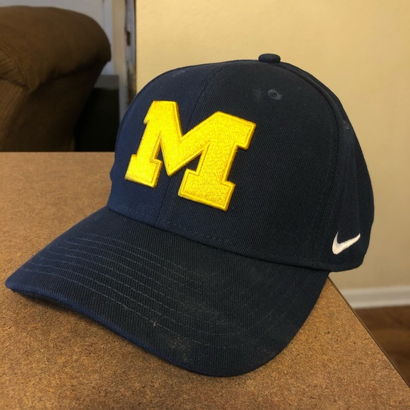 Nike Other - University of Michigan Nike hat